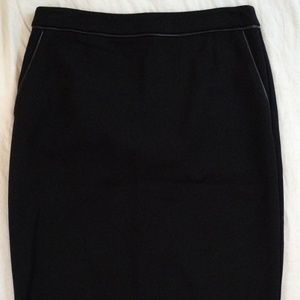 Vince Camuto Straight Pencil Pocketed Black Skirt